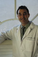 Dr. David R Capiola, MD